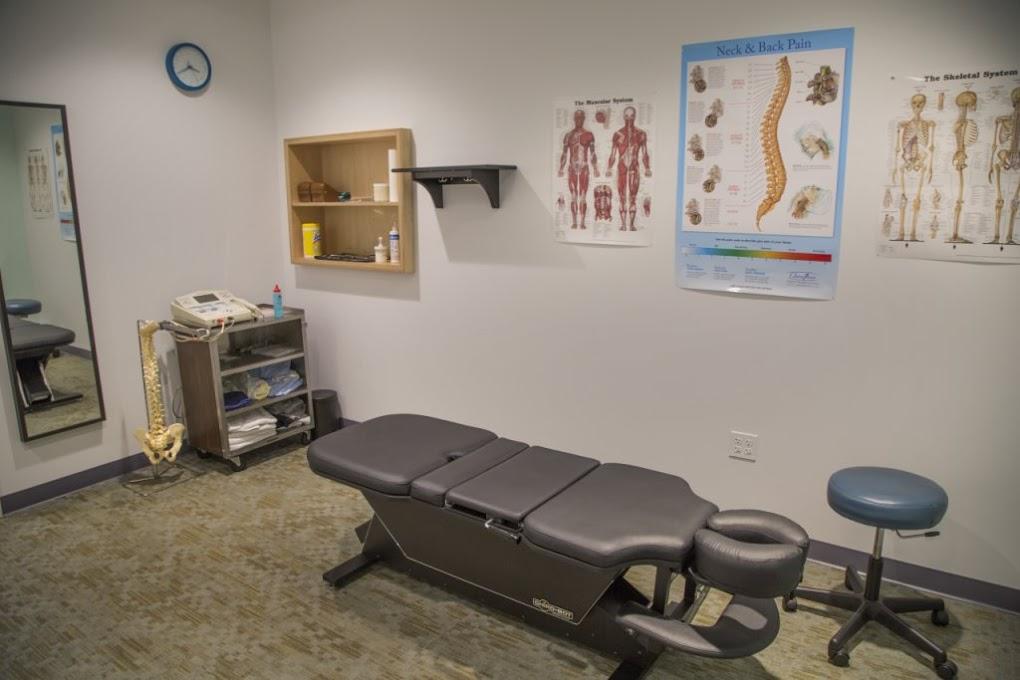 Cascade chiropractic exam room in Portland Oregon